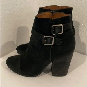 Authentic Lucky Brand black suede ankle boots 8.5